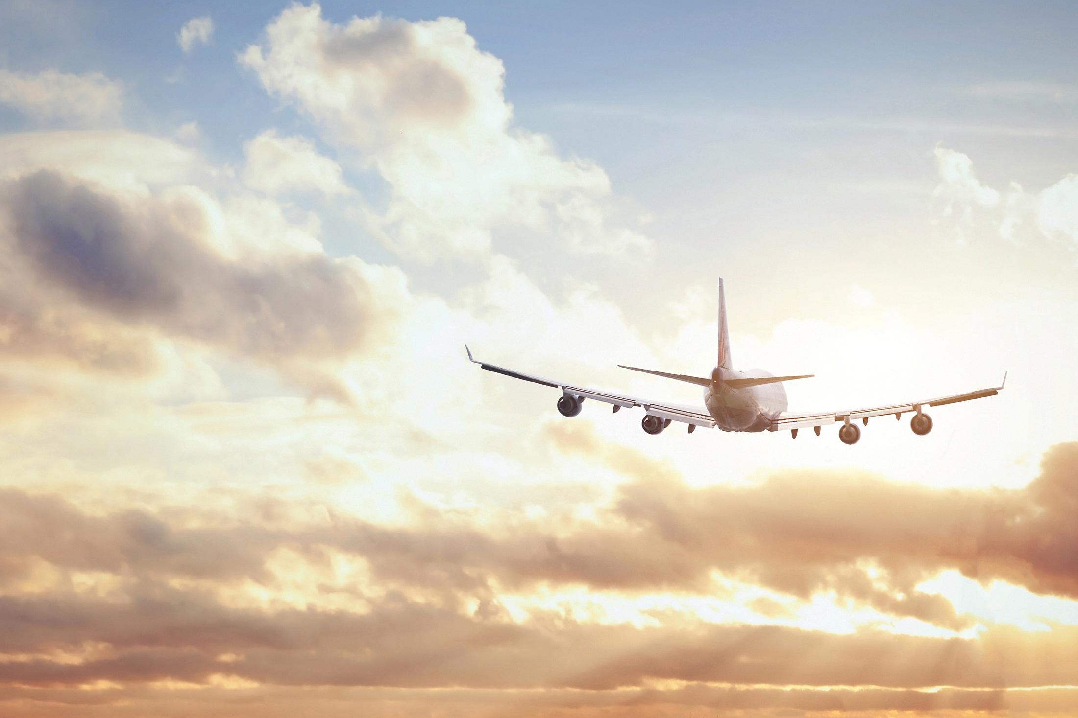 Å  fly  er  sikrere  enn  å  gå  gatelangs.